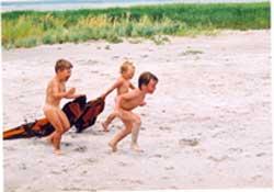 отдых с детьми на море, детские игры