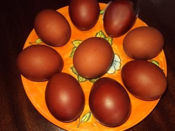 пасхальные яйца красить