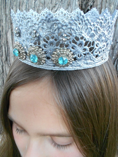 a crown for the princess with your own hands