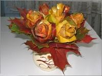 цветы из листьев клена