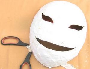 Как сделать маски на новый год своими